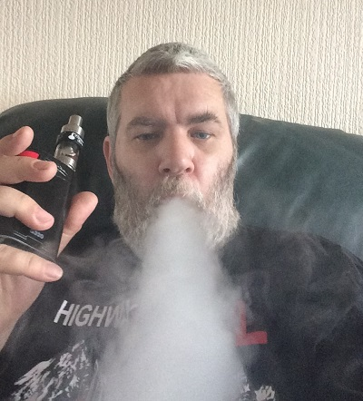 Paul Closely 111 Vaping