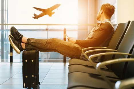 Vaper waiting at the airport